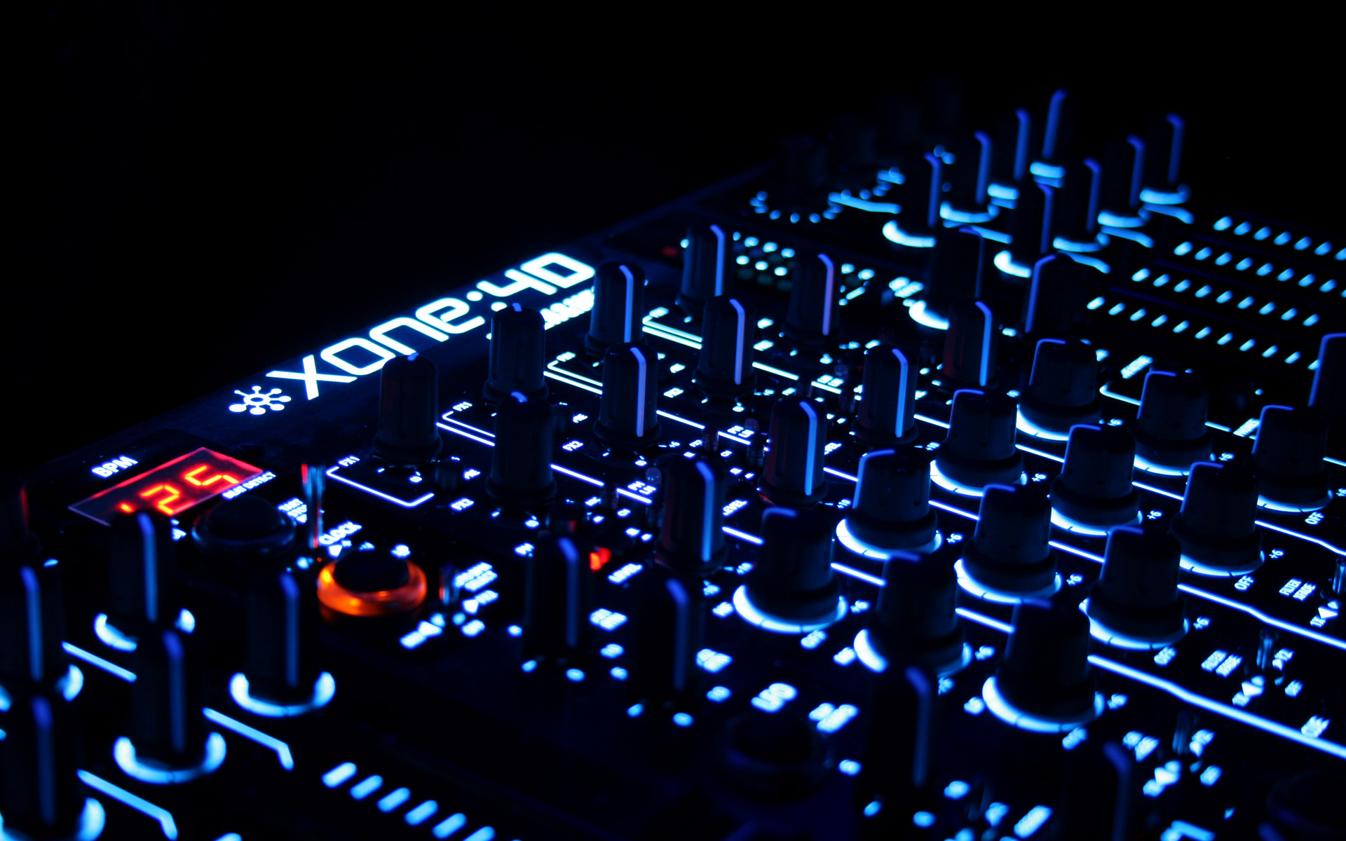 DJ yourself a blissful blend of sounds